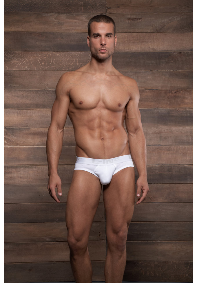 C-IN2 Core Low No Show Profile Brief | White