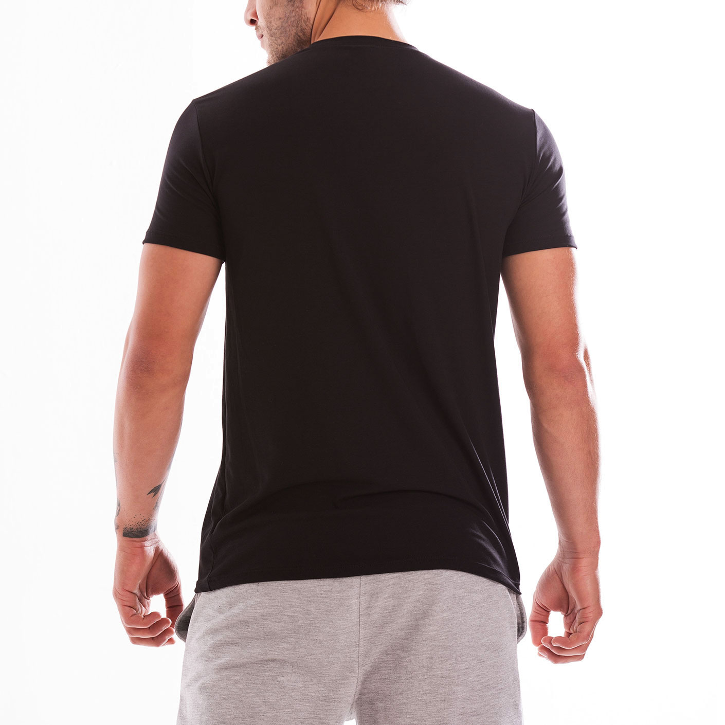 Mundo Unico Comfort Wear T-Shirt | Black