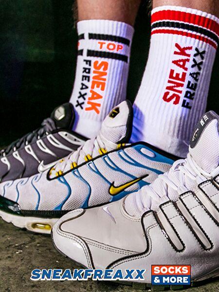 """Sneakfreaxx """"Sneaks Horny"""" OS Socken"""