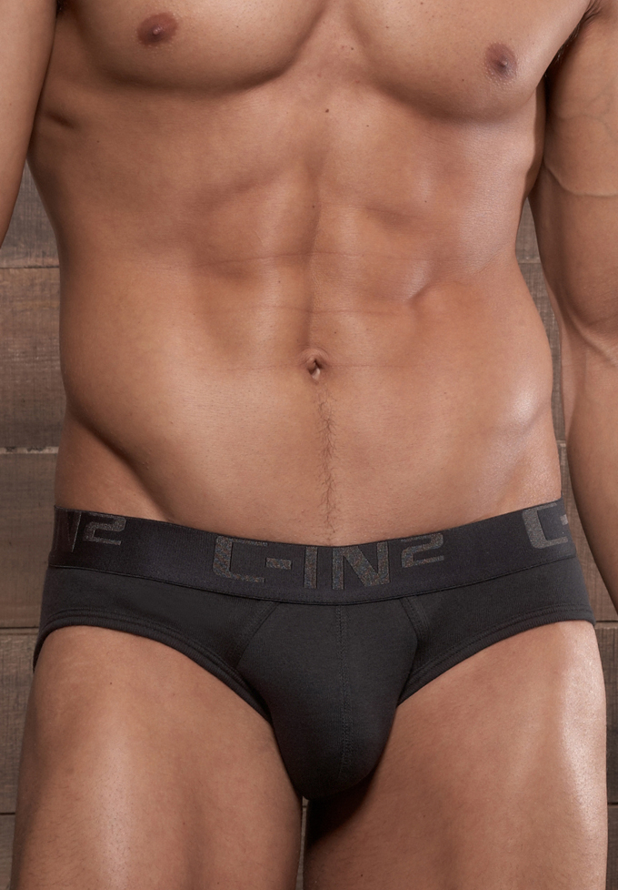 C-IN2 Core Low No Show Profile Brief | Black